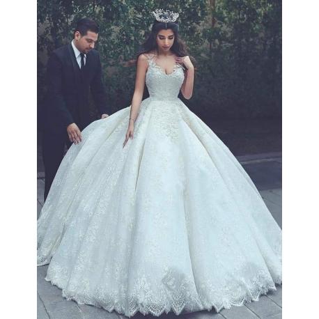 Robe de mariée princesse en fine dentelle