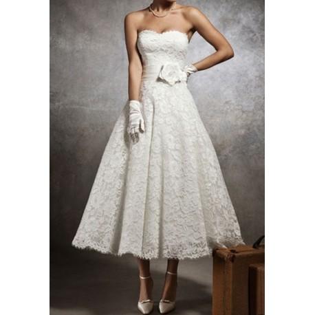 robe de mariée mi longue en dentelle