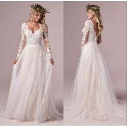 Robe de mariée bohème toute en dentelle