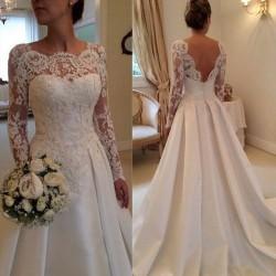 robe de mariée satin et dentelle
