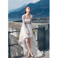 robe de mariée rétro asymétrique
