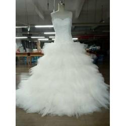 Robe de mariée en mouchoirs de tulle