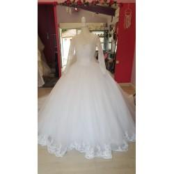 Robe de mariée princesse tulle scintillant pailleté